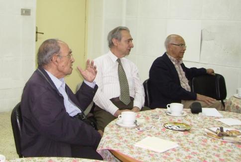 Grupo de tertulianos